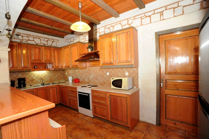 ktimatoemporiki short rental platanias
