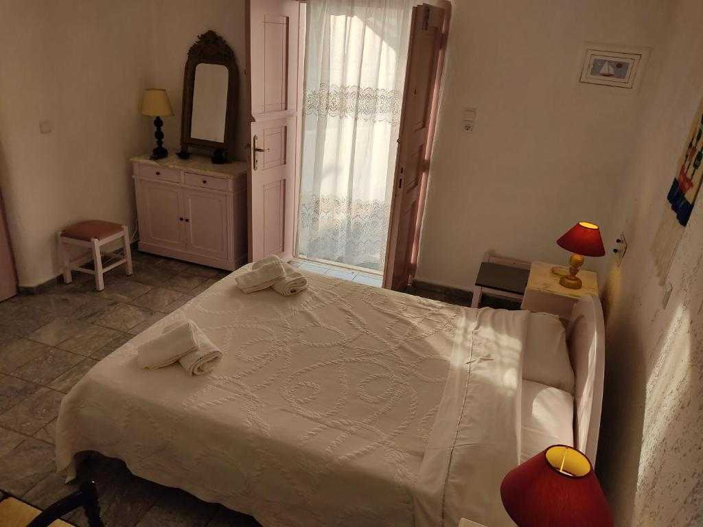 Hotel for sale in Sikinos Greece